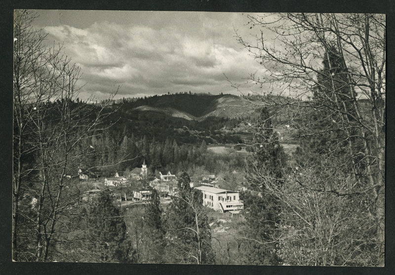 otm.Murphy's 1940s